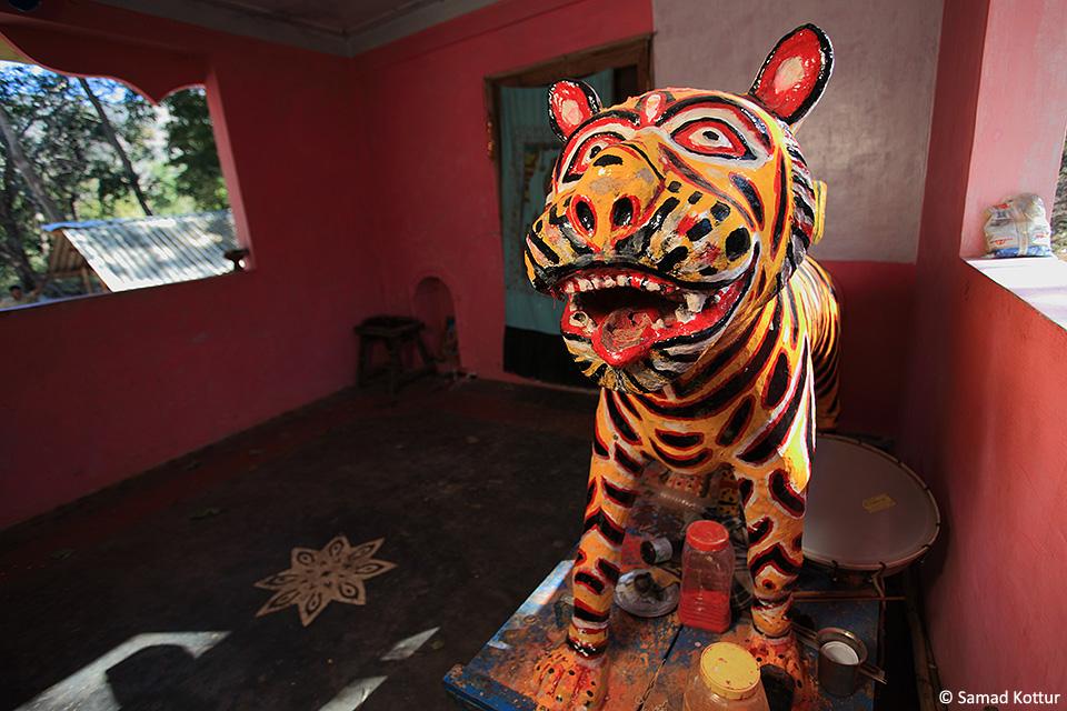 14 Gods of BRT striped tiger idol resize