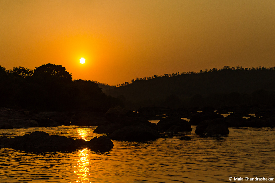 The rocky water landscape – Bheemeshwar